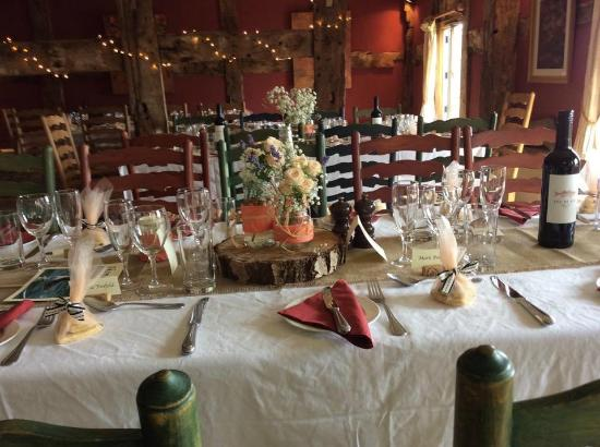 The Cider Barn: Table decorations for wedding