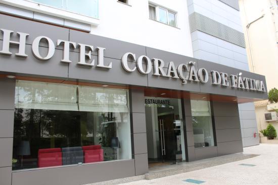 Hotel Coracao De Fatima: Przed hotelem