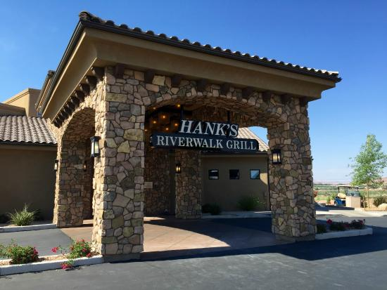Our breakfast place review of hank 39 s riverwalk bar for Affordable pools st george utah