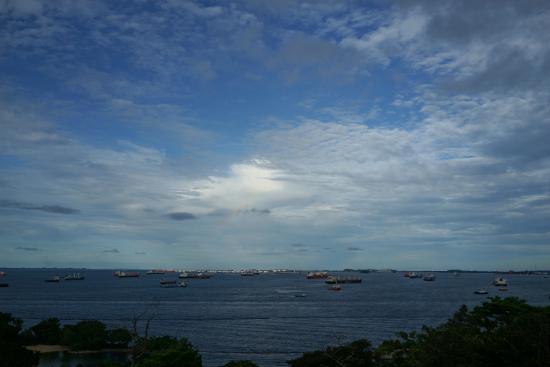 カペラ シンガポール, プレミアシービューからの眺め。アジア最南端シンガポール海峡を一望。