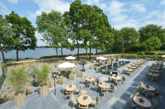 Fletcher hotel restaurant 39 s hertogenbosch rosmalen for Zwembad s hertogenbosch