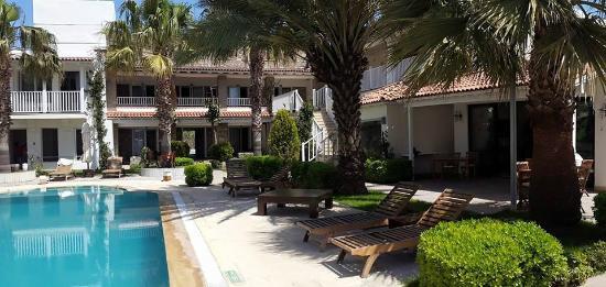 Sah Hotel