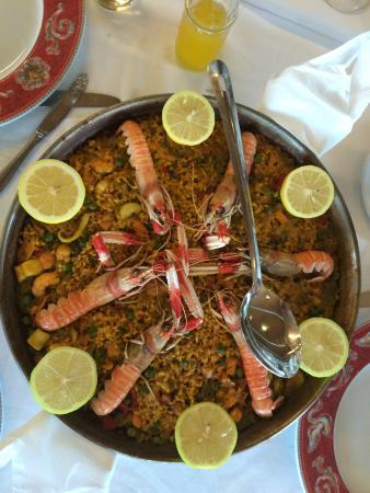Paella picture of el mero los mellizos benalmadena tripadvisor - Los mellizos puerto marina ...