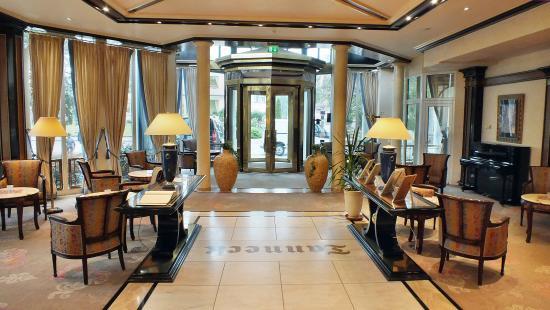 Hotel Tanneck: Lobby