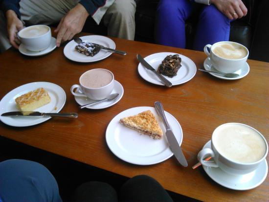 Henry's Coffee House: Coffee break