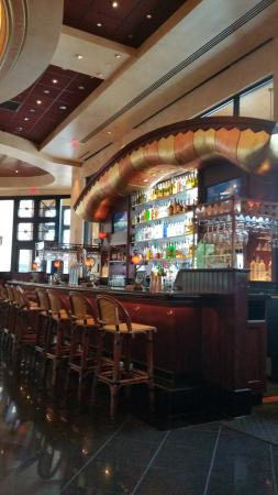 The Cheesecake Factory : Bar