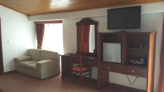 Blu Inn Hotel: Espacio Hab