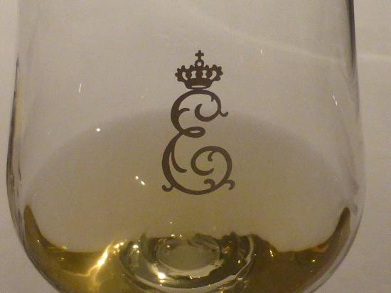 Restaurant Erbprinz: One of many royal glasses of wine