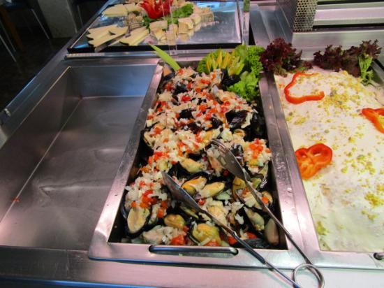 Buffet Las Camelias: mezze cozze alla marinera