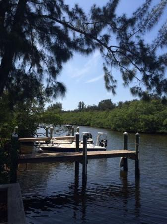Holiday Cove RV Resort: Holiday Cove Boat Docking Area