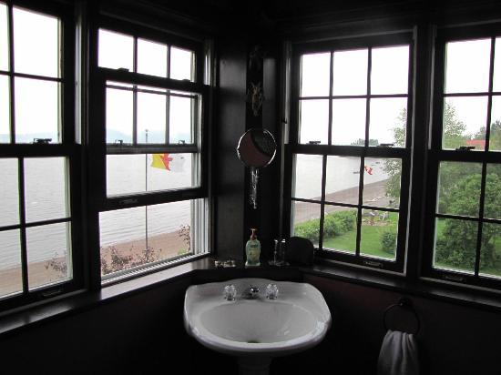 Wanta-Qo-Ti : Le coin de notre salle de bain