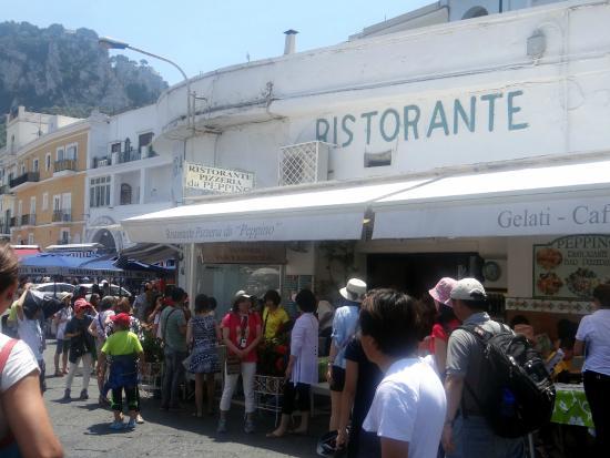Ristorante Da Peppino: Busy restaurant