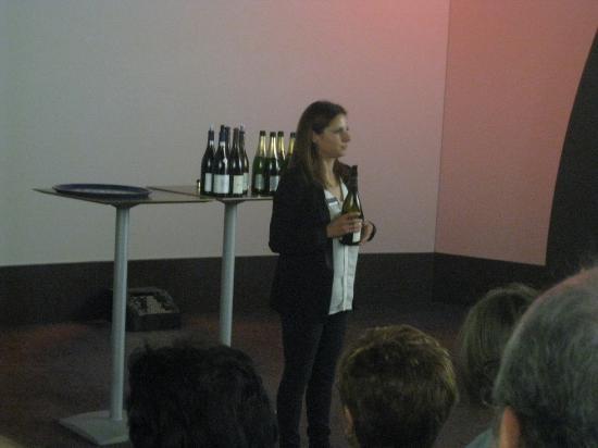 L'Imaginarium : Durante la cata de vinos