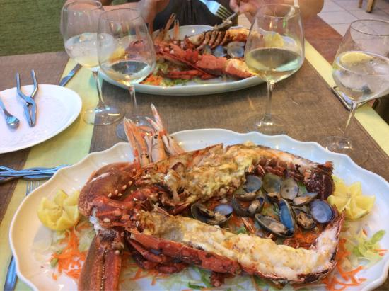 Restaurante La Quinta: Homards : superbes pieces ! 🐸