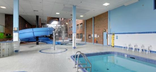 Pool Side Picture Of Ambassador Hotel Conference Centre Kingston Tripadvisor