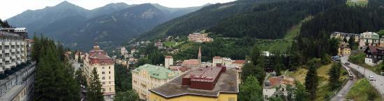Ski Lodge Reineke: Utsikt från hotellrummet över Bad Gasteindalen