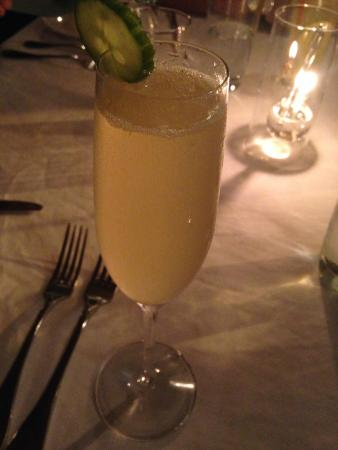 The Terrace Restaurant: Champagne with elderberry