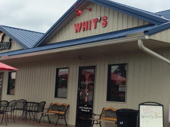 Waverly, Οχάιο: Front of Whit's
