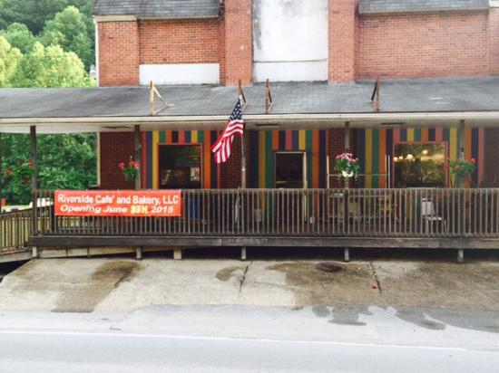 Welch, Virginia Occidental: Riverside Cafe & Bakery