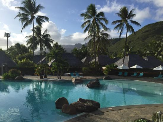 Hilton Moorea Lagoon Resort & Spa: Main pool