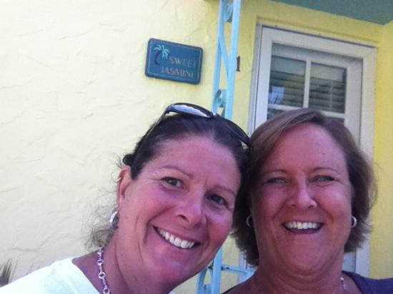 Island Paradise Cottages of Madeira Beach: Not wanting to leave on our last day!