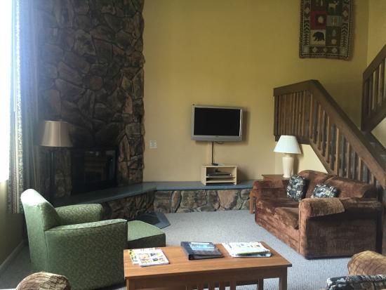 Lake Placid Club Lodges: huhe fireplace in the livingroom
