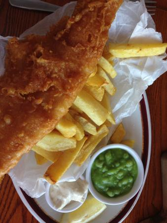 The Osborne: Cracking fish and chips