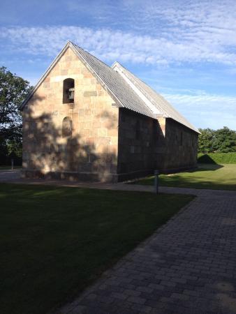 Arnborg Kirke