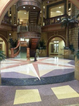 Hollywood casino hotel rooms indiana