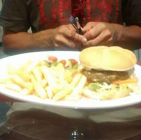 The Empress Bar: my burger