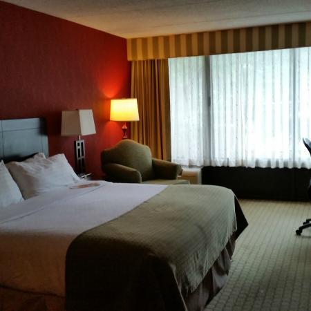 Holiday Inn Nashua: The remodeled rooms