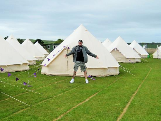 The Studio Theatre Hotel Bell Tent & Hotel Bell Tent - Picture of The Studio Theatre Douglas - TripAdvisor