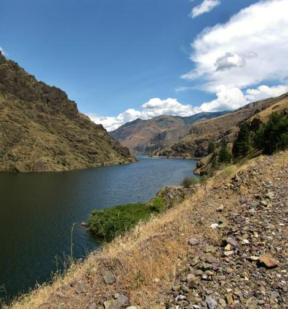 Hells Canyon Scenic Byway: Upstream of the Dam