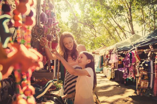 Sunshine Coast, Australia: Shopping at Eumundi Markets