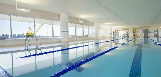 25m Indoor Lap Pool - Picture of Pinnacle Hotel At The Pier, North ...