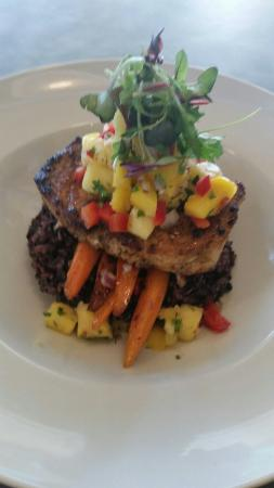 Bayview Bar & Grill: Bayview Eats