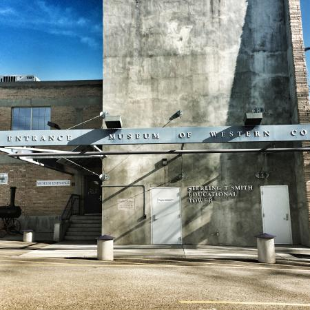 Museum of the West: Entrance to Museum