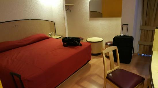 Hotel Panorama : Bed & sitting area