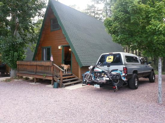 Cabins on Strawberry Hill : Happy dog, happy bike, all are happy at the cabin!