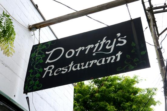 ‪Dority's Restaurant‬