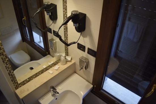 Bellavista: Detalhe do banheiro