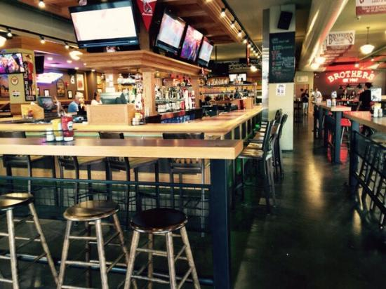 Brothers Bar Grill Excellent Facility Wait Staff