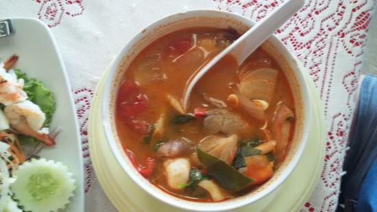 Baan Kai Bae Seafood: Мой любимый суп Том Ям