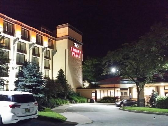 Crowne Plaza Hotel Cleveland South Independence Reviews
