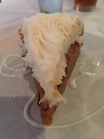 Marigold Cafe & Bakery: Carrot Cake