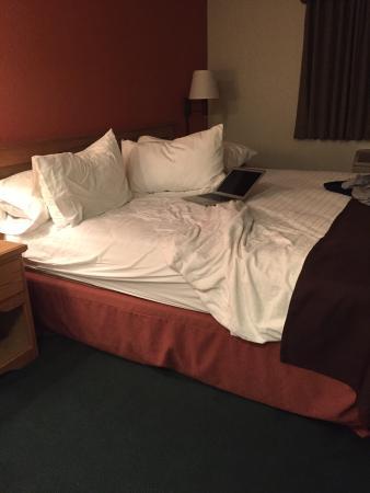 AmericInn Lodge & Suites Garden City: photo1.jpg