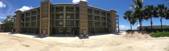 Lojkar & Majuro Airport Apartels
