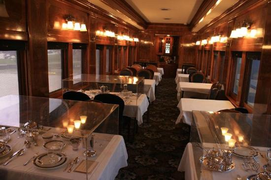 Canadian Museum of Rail Travel: Restored dining car