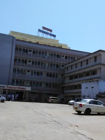 Triveni Tourist Home: Hotel stay at Kanyakumari