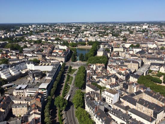 Tour Bretagne